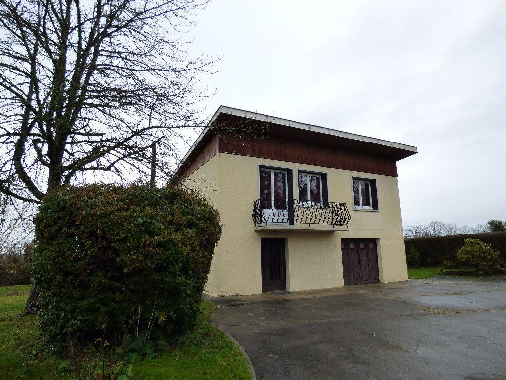 Maison à vendre 4 95m2 à Chénérailles vignette-1