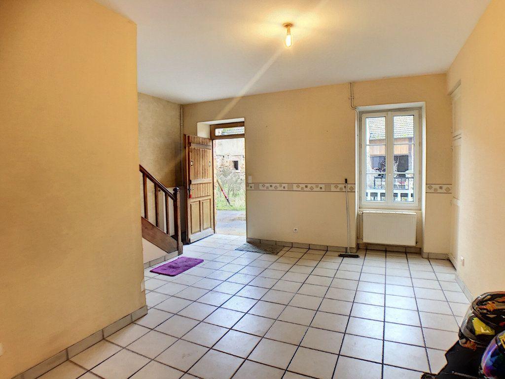 Immeuble à vendre 0 140m2 à Vallon-en-Sully vignette-6
