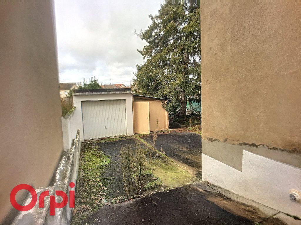Maison à vendre 3 63.9m2 à Montluçon vignette-8