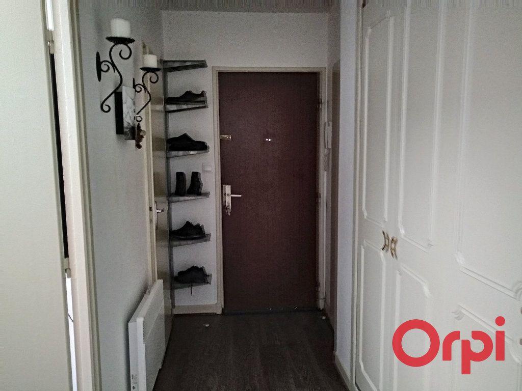 Appartement à vendre 3 73m2 à Montluçon vignette-10