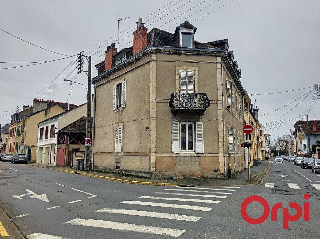Immeuble à vendre 0 0m2 à Montluçon vignette-2