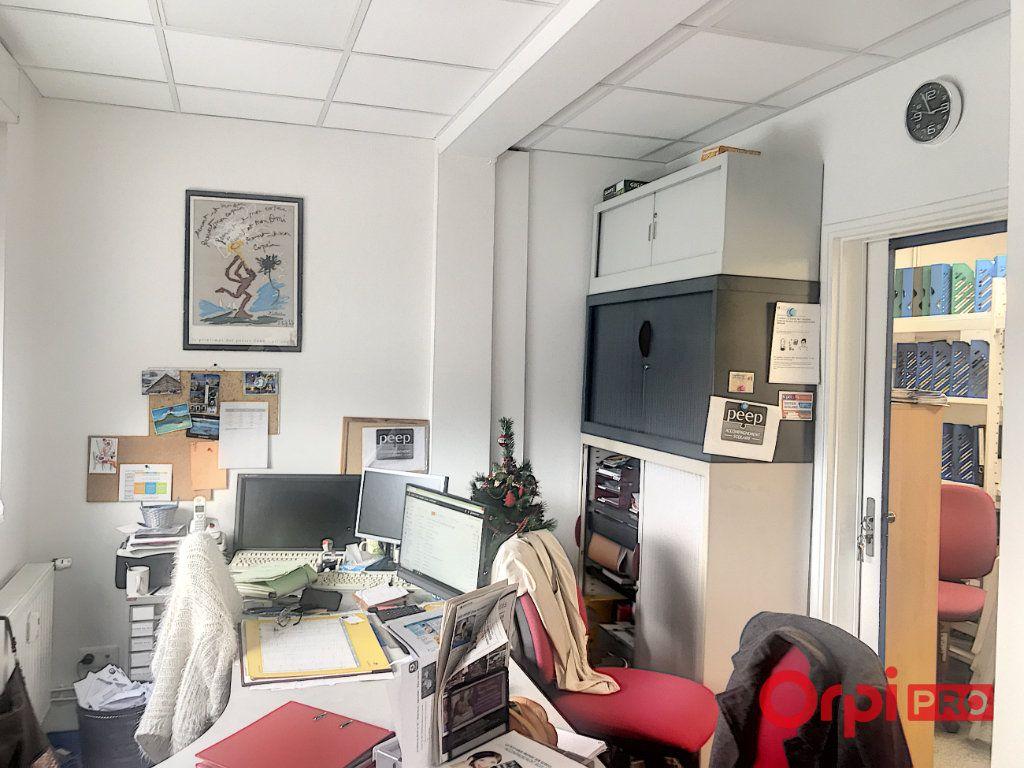 Appartement à vendre 4 95m2 à Montluçon vignette-6