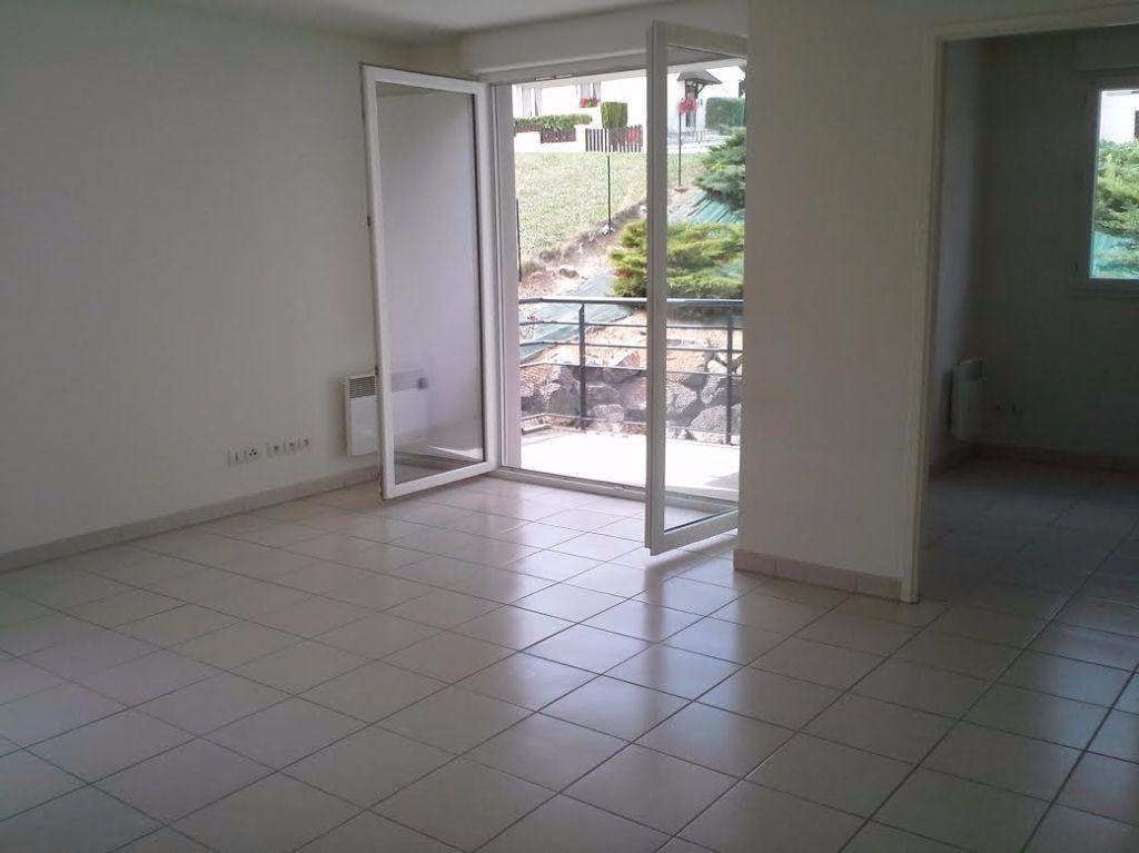 Appartement à vendre 3 66.14m2 à Montluçon vignette-2