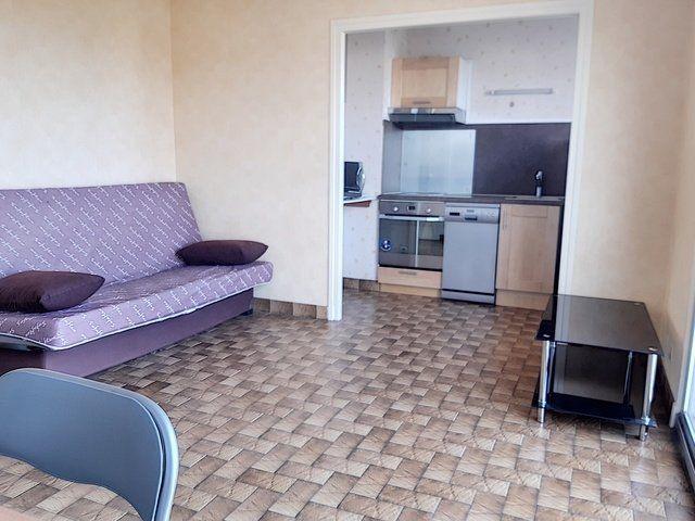 Appartement à vendre 1 28m2 à Montluçon vignette-1