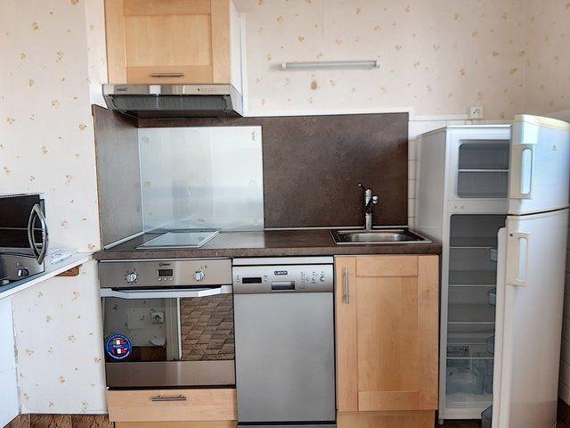 Appartement à vendre 1 28m2 à Montluçon vignette-2