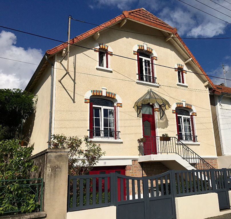 Maison à vendre 6 128m2 à Montluçon vignette-1