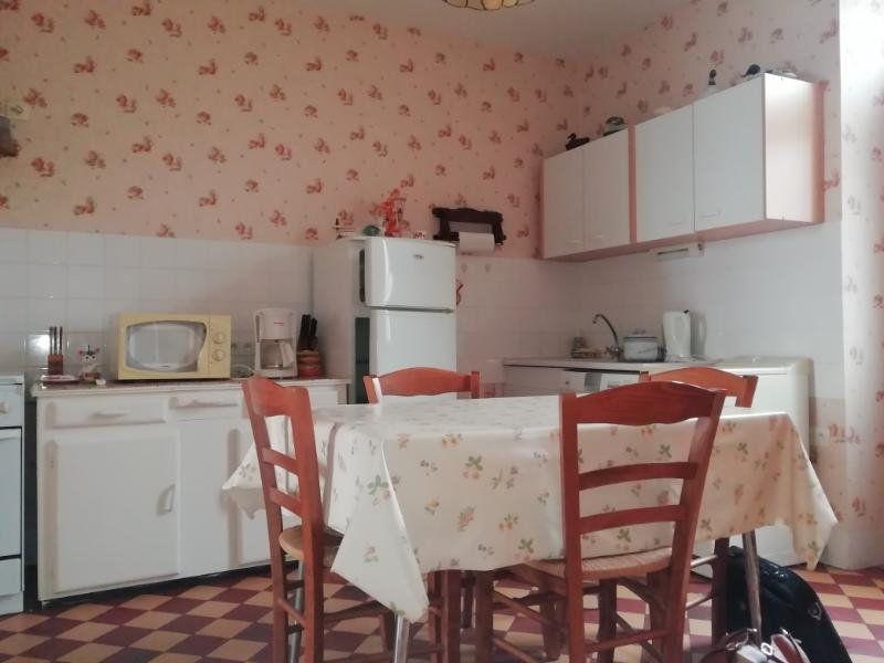 Maison à vendre 6 131.64m2 à Trois-Fonds vignette-3