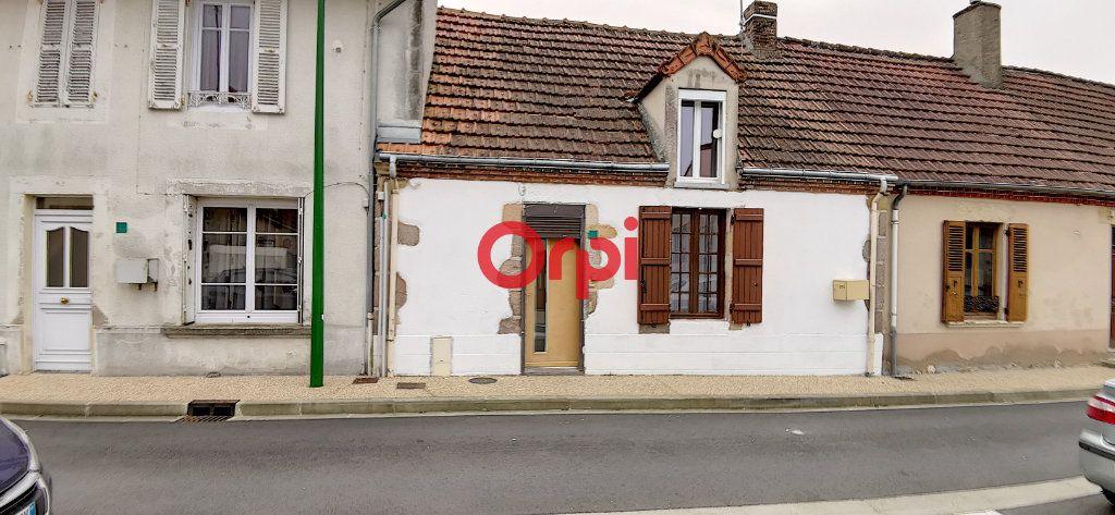 Maison à vendre 2 48.59m2 à Montmarault vignette-1