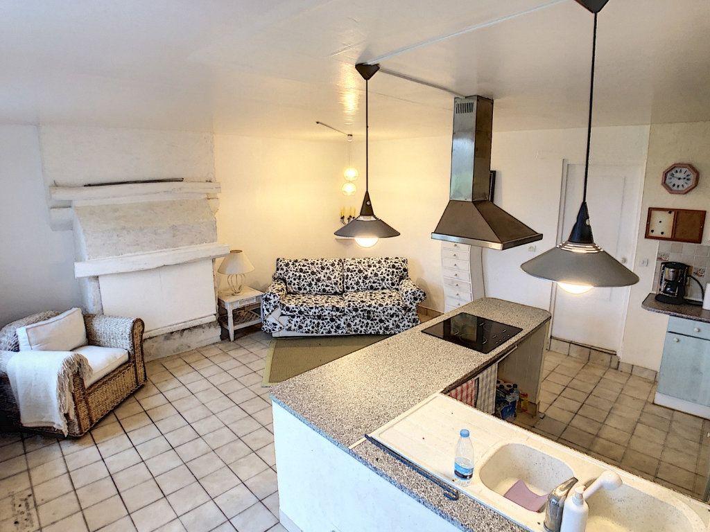 Maison à vendre 4 67m2 à Vallon-en-Sully vignette-3