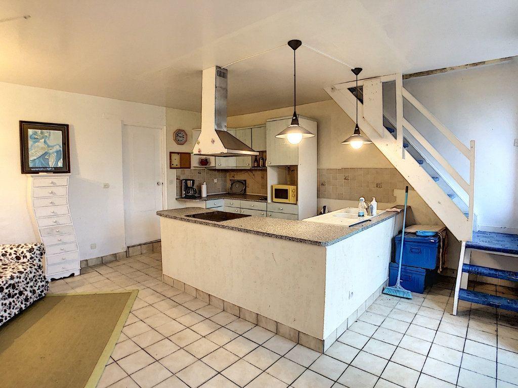 Maison à vendre 4 67m2 à Vallon-en-Sully vignette-4