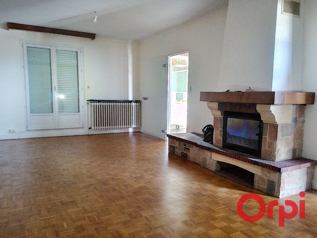 Maison à vendre 4 80m2 à Montluçon vignette-3