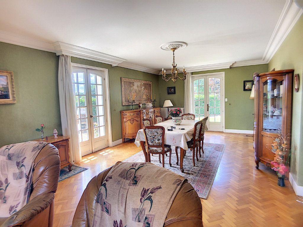Maison à vendre 10 213m2 à Montluçon vignette-4