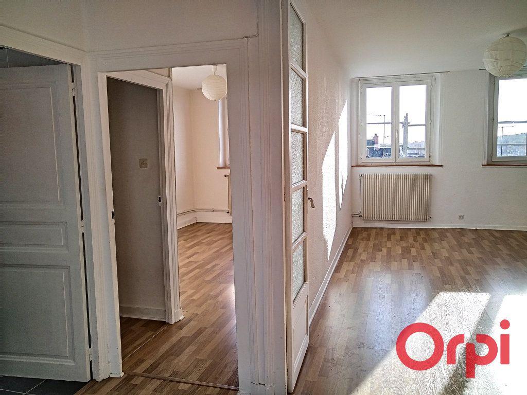 Appartement à vendre 2 55m2 à Montluçon vignette-5