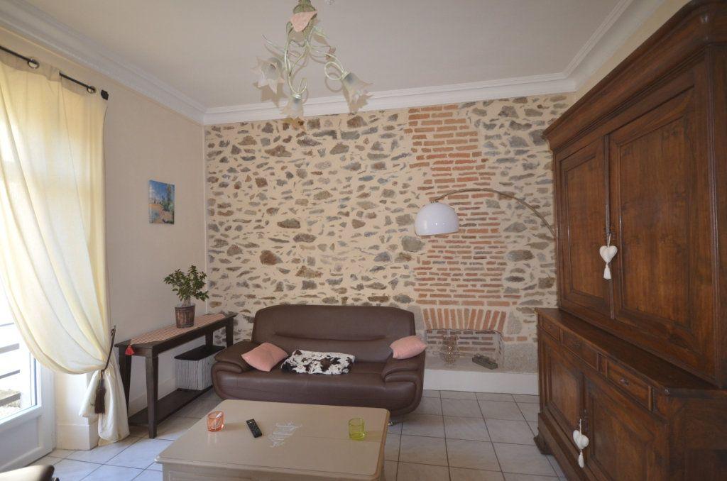 Maison à vendre 8 195.06m2 à Boussac vignette-3