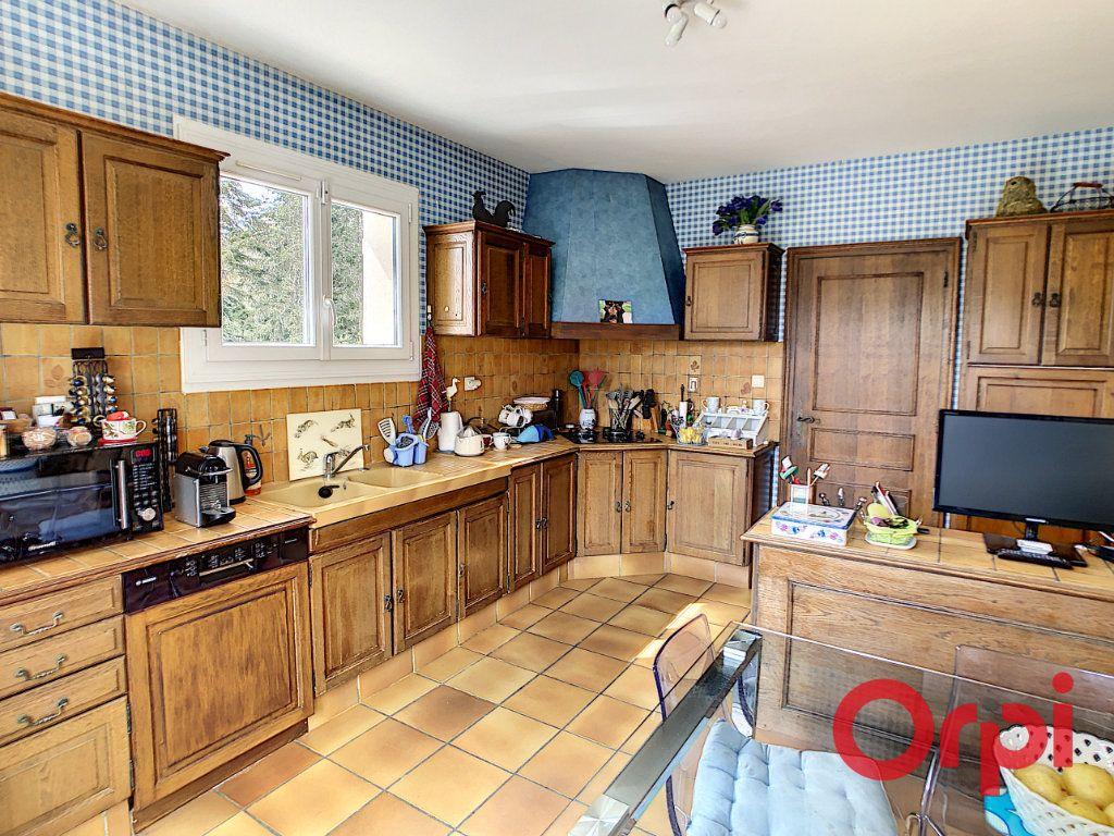 Maison à vendre 12 204.5m2 à La Chapelaude vignette-9