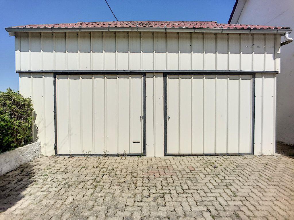 Maison à vendre 16 300m2 à Lusigny vignette-2