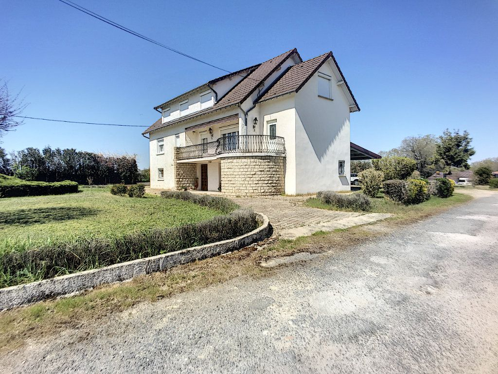 Maison à vendre 16 300m2 à Lusigny vignette-3
