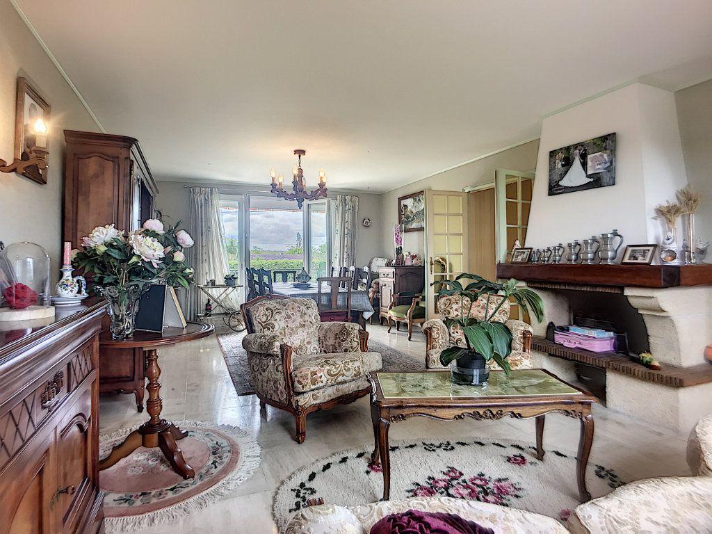 Maison à vendre 16 300m2 à Lusigny vignette-7