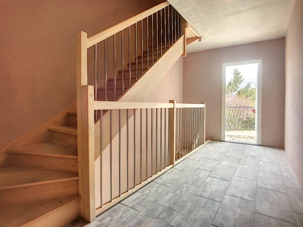 Maison à vendre 16 300m2 à Lusigny vignette-10