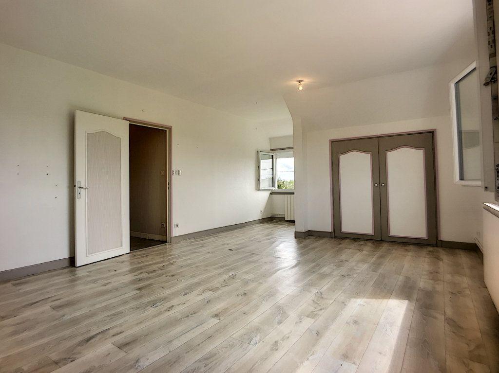 Maison à vendre 16 300m2 à Lusigny vignette-13