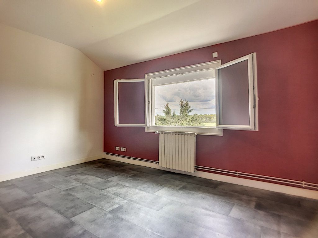 Maison à vendre 16 300m2 à Lusigny vignette-14