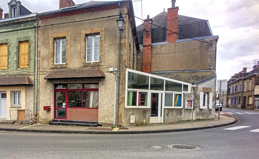 Maison à vendre 5 144m2 à Saint-Menoux vignette-1