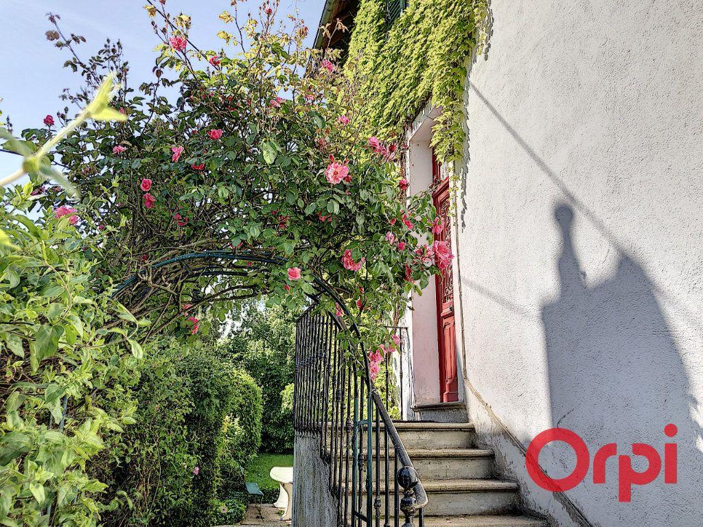Maison à vendre 7 164.43m2 à Néris-les-Bains vignette-2