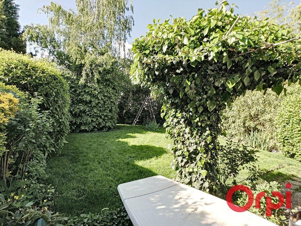 Maison à vendre 7 164.43m2 à Néris-les-Bains vignette-3