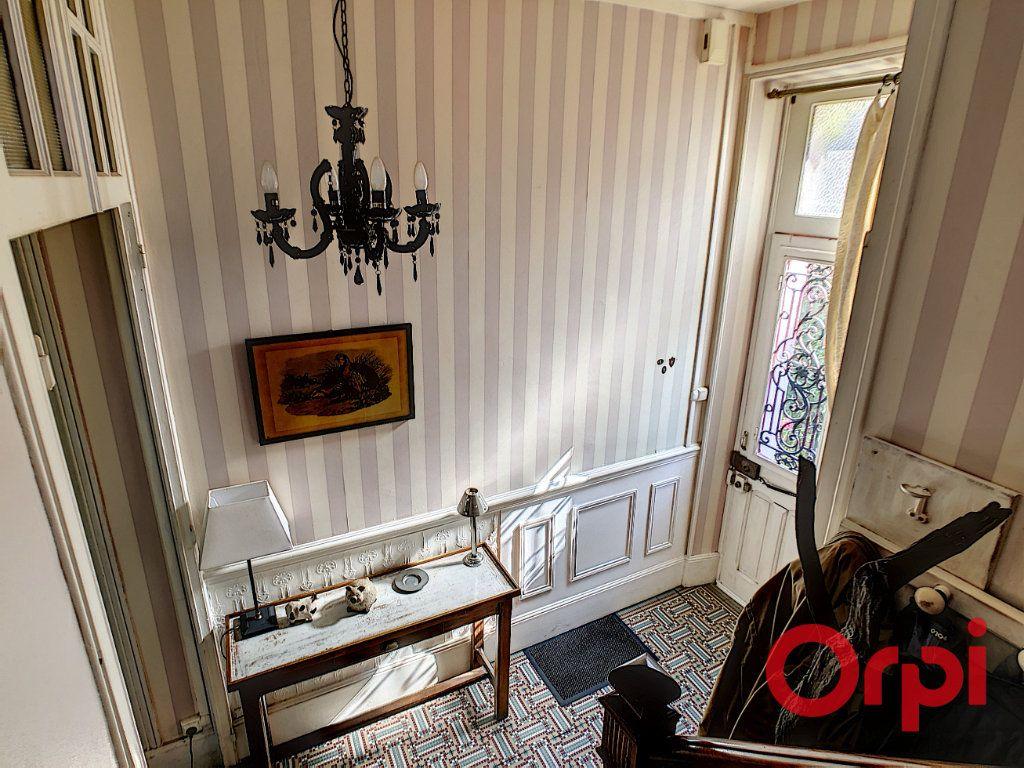 Maison à vendre 7 164.43m2 à Néris-les-Bains vignette-5