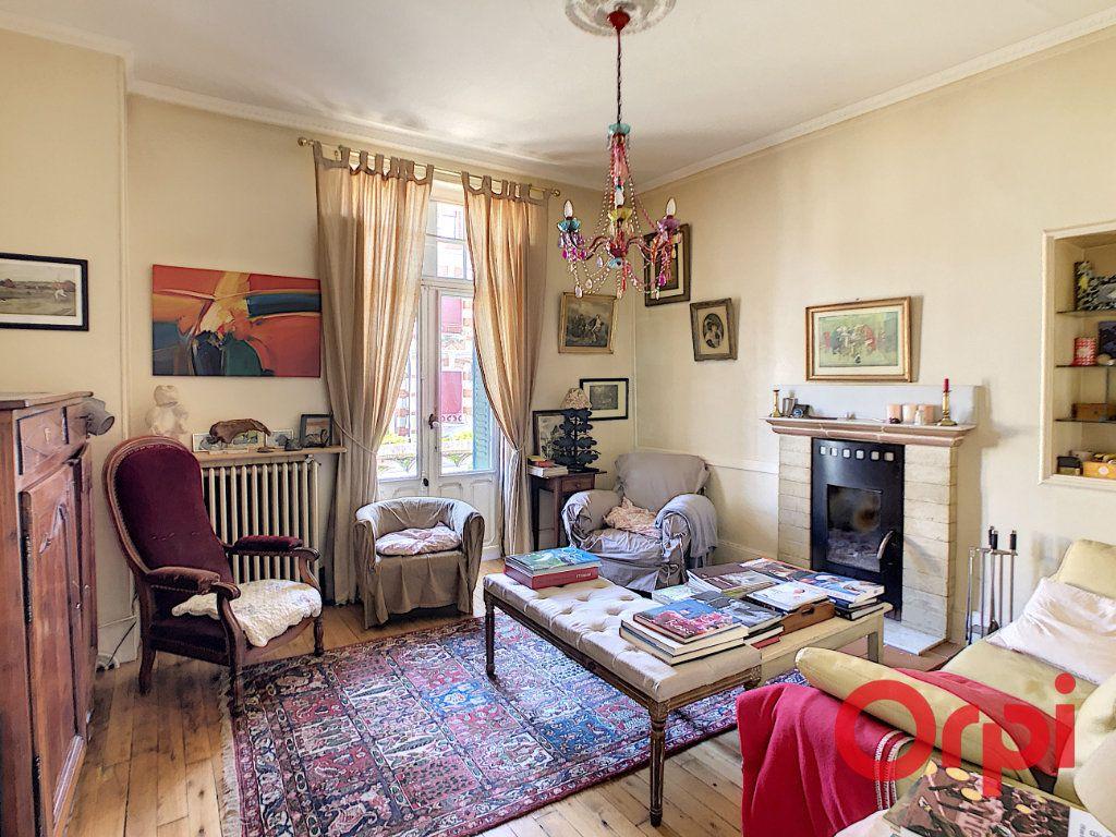 Maison à vendre 7 164.43m2 à Néris-les-Bains vignette-12