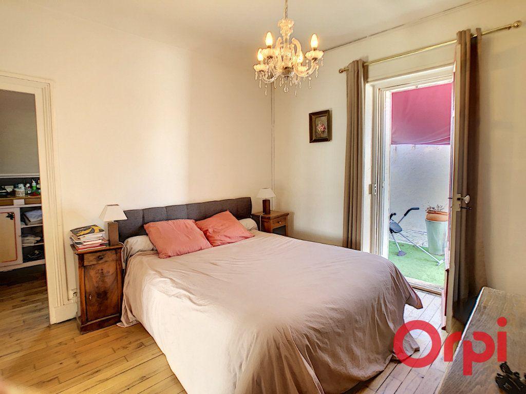 Maison à vendre 7 164.43m2 à Néris-les-Bains vignette-17