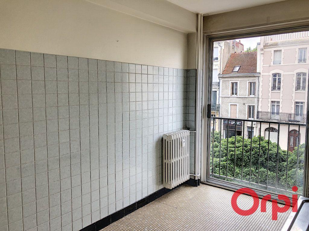Appartement à vendre 3 73.8m2 à Montluçon vignette-10