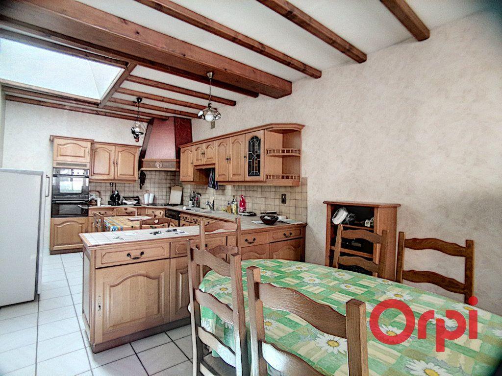 Maison à vendre 5 150m2 à Montluçon vignette-3