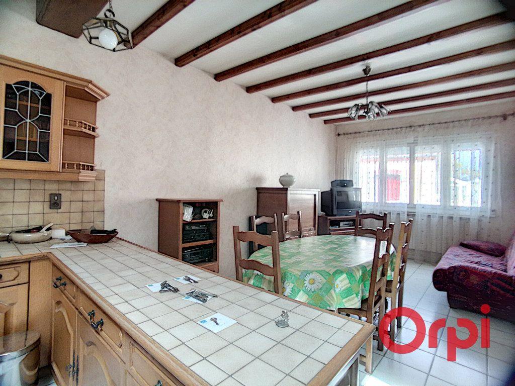 Maison à vendre 5 150m2 à Montluçon vignette-4