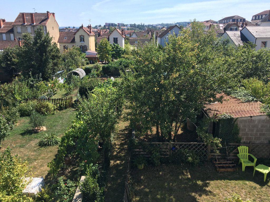 Appartement à vendre 3 71m2 à Montluçon vignette-9