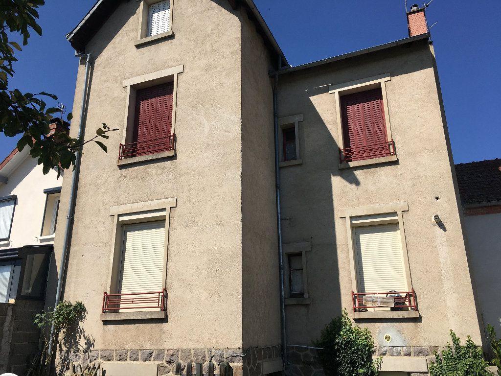 Appartement à vendre 3 71m2 à Montluçon vignette-12
