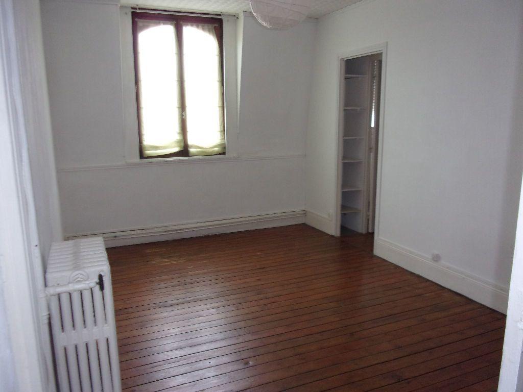 Appartement à louer 3 87.85m2 à Saint-Quentin vignette-9