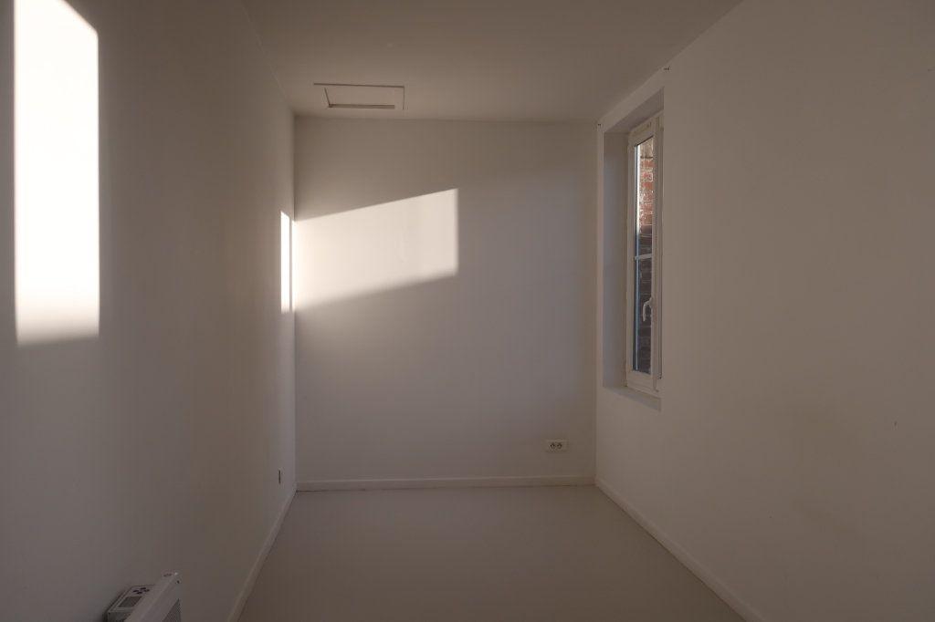 Appartement à louer 2 38m2 à Saint-Quentin vignette-6