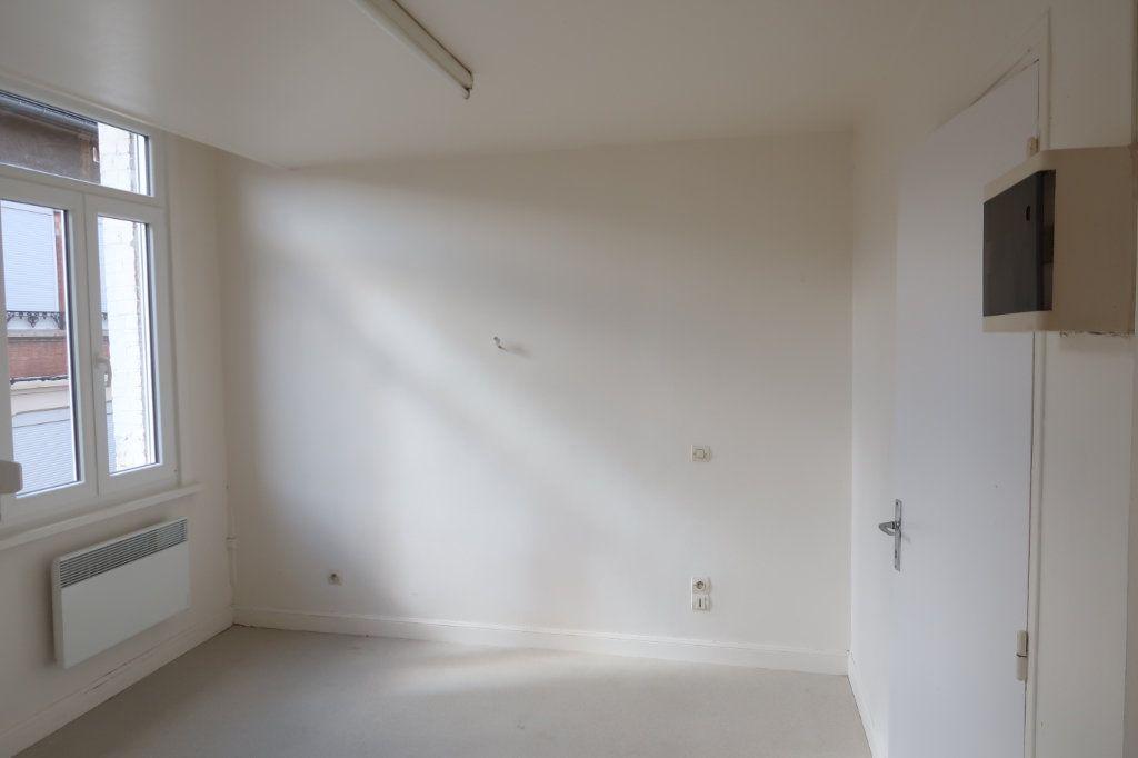 Appartement à louer 2 33m2 à Saint-Quentin vignette-7