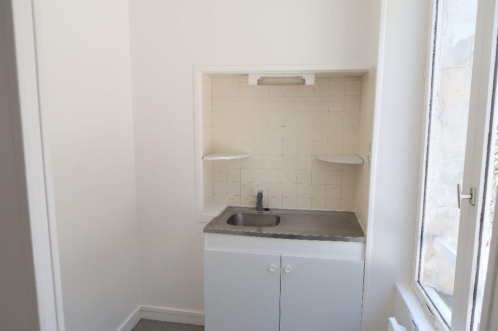 Appartement à louer 2 38.3m2 à Saint-Quentin vignette-2