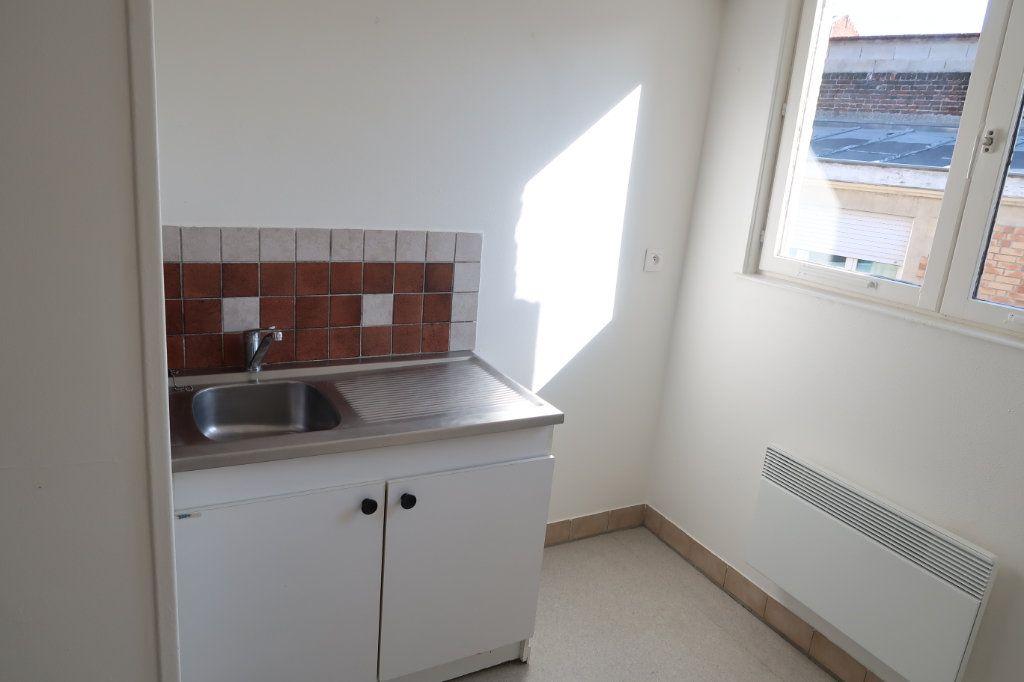 Appartement à louer 2 61.49m2 à Saint-Quentin vignette-4