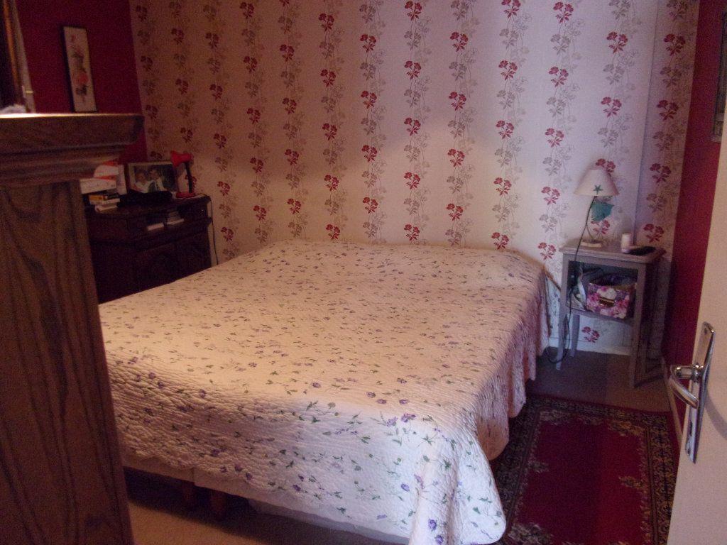 Appartement à louer 3 70m2 à Homblières vignette-6