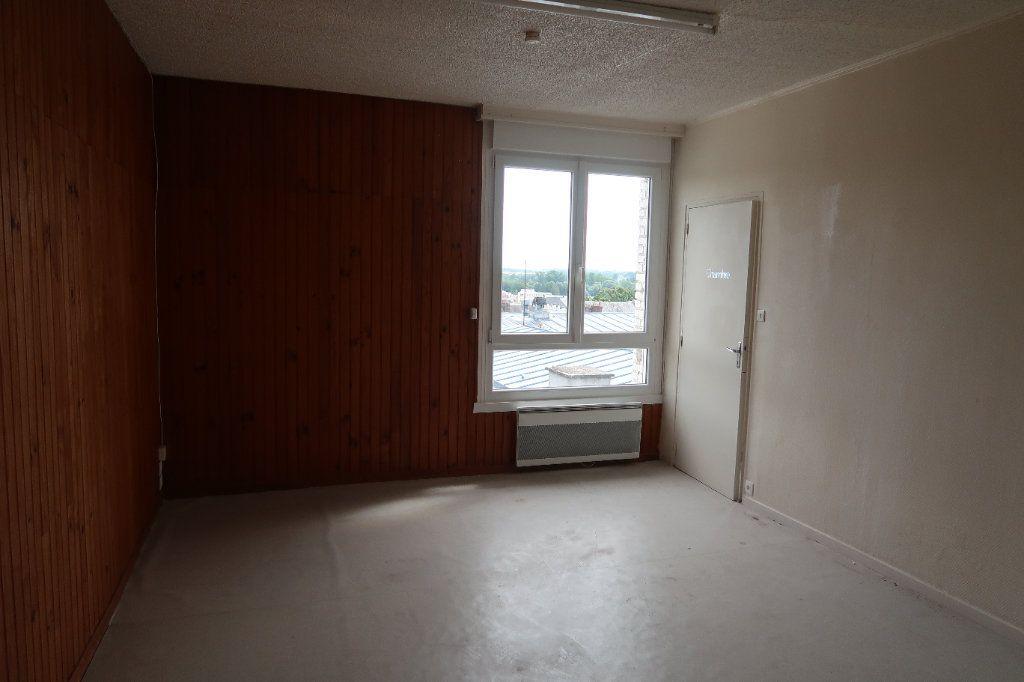 Appartement à louer 2 45.68m2 à Saint-Quentin vignette-4