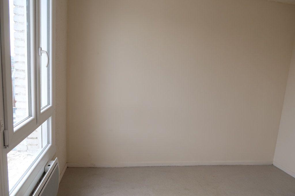 Appartement à louer 2 45.68m2 à Saint-Quentin vignette-6