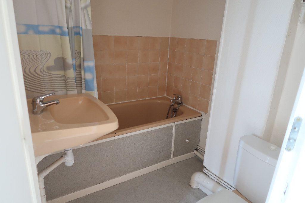 Appartement à louer 2 45.68m2 à Saint-Quentin vignette-7
