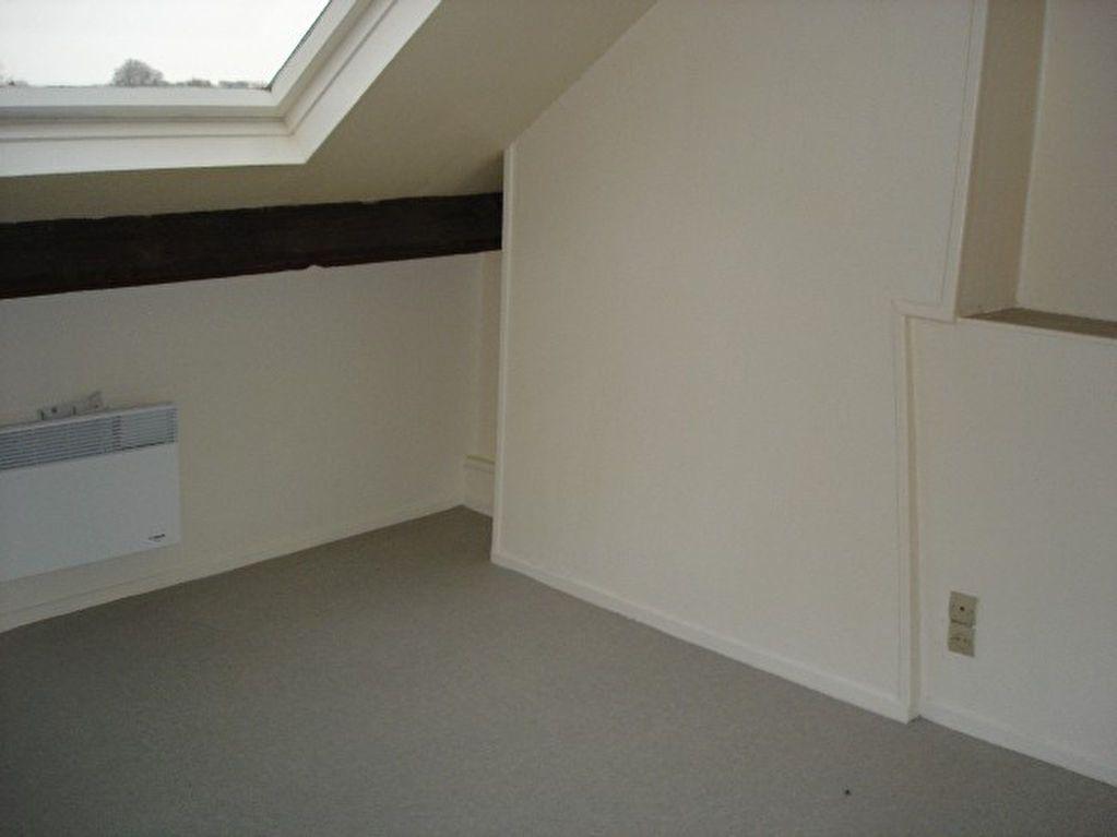 Appartement à louer 2 46.62m2 à Saint-Quentin vignette-3