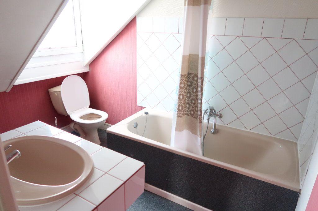 Appartement à louer 1 29m2 à Saint-Quentin vignette-4