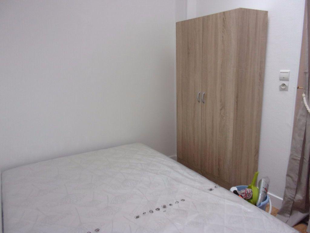 Appartement à louer 1 27.72m2 à Saint-Quentin vignette-4