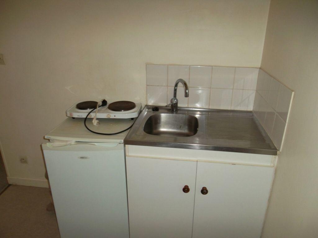 Appartement à louer 1 19.13m2 à Saint-Quentin vignette-2