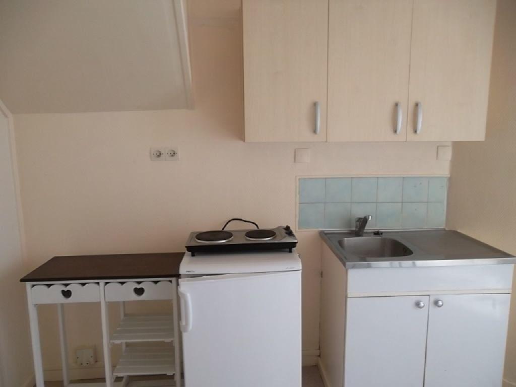 Appartement à louer 2 23.17m2 à Saint-Quentin vignette-4